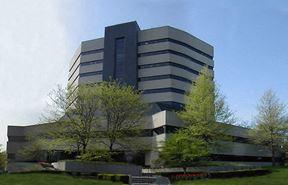 Corporate Plaza - Lexington