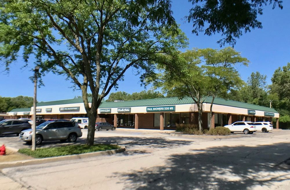 Country Court Shopping Center