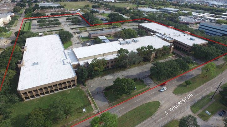 For Sale or Lease | Newly Renovated ±190,398-RSF Office Complex, SW Houston