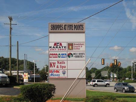102 Batesville Road - Simpsonville