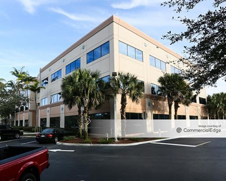 Broken Sound Corporate Center - 6800 NW Broken Sound Pkwy - Boca Raton
