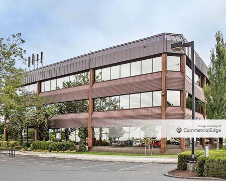 Banfield Plaza - Portland