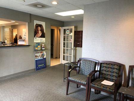 Medical Office Suite Near Woodstock   ± 2,700 SF - Acworth