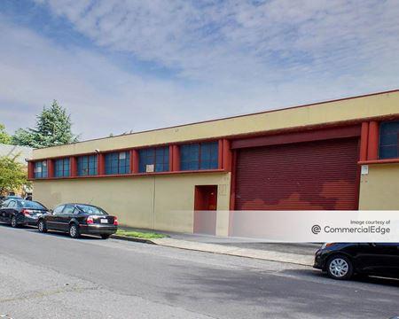 335 NE 18th Avenue & 410 NE 17th Avenue - Portland