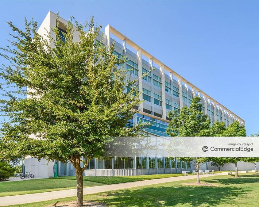 UNT Health Science Center - Medical Education & Training Building