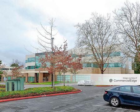 AmberGlen Corporate Center - Building 1600 - Beaverton