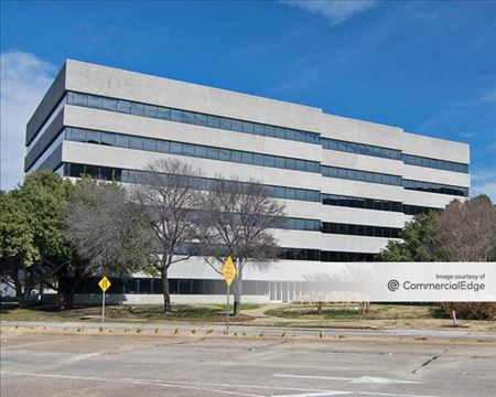 8505 Freeport Pkwy - Irving