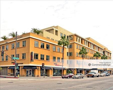 Western Asset Plaza - Pasadena