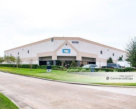 16580 Air Center Blvd - Houston