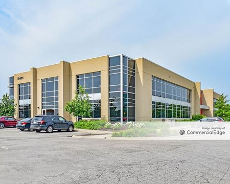 19401 Victor Pkwy - Livonia