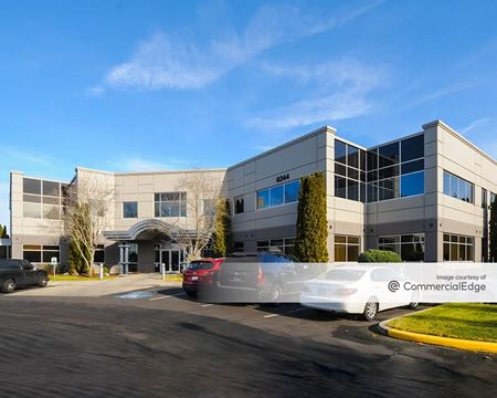 Redmond East Business Campus - Buildings 18 & 19 - Redmond
