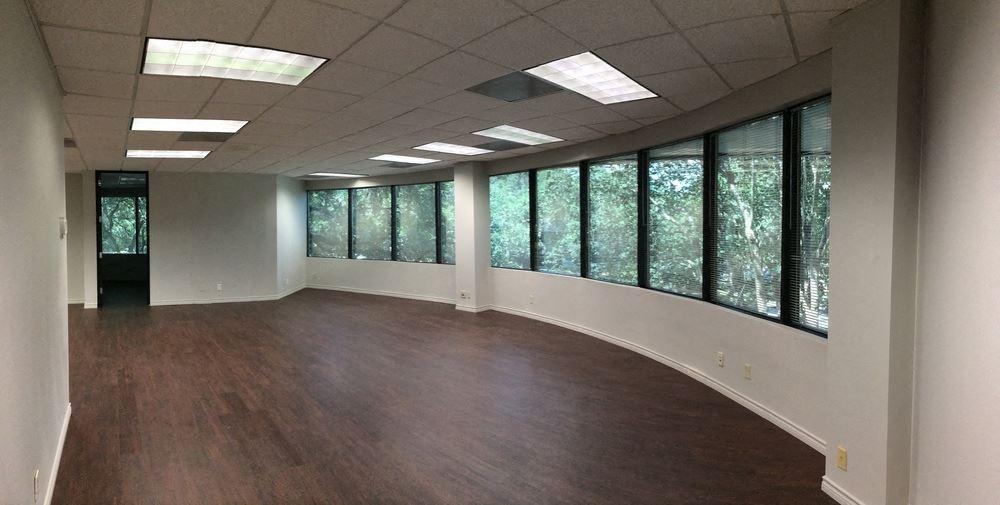The Vistas Office Complex