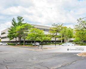 Jefferson Plaza