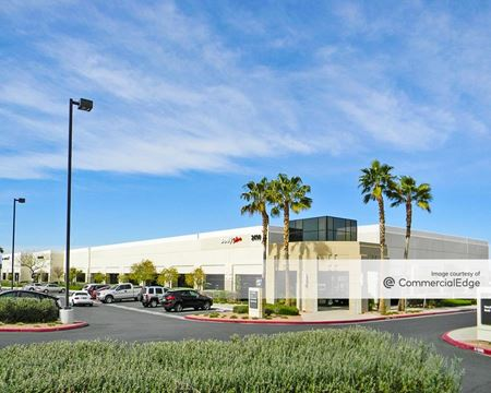 Green Valley Corporate Center South - 2490 Paseo Verde Pkwy - Henderson