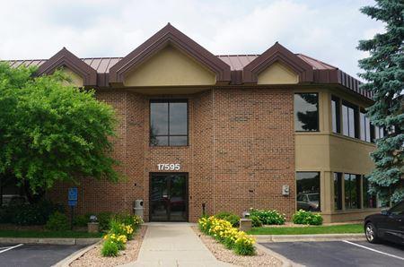 Southfork Professional Building - Lakeville