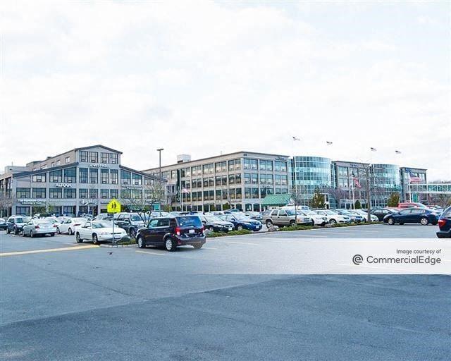 Cummings Center - 100