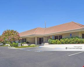 Watt-Fair Oaks Professional Center