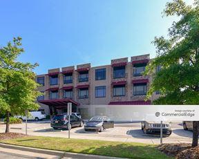 Johnston Professional Plaza - Clayton