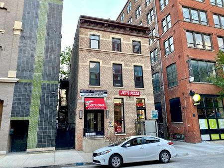 207 W Superior - Third Floor Commercial Space - Chicago