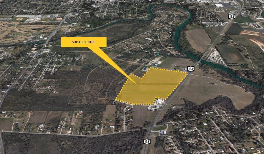 Land on State Highway 123 in Seguin