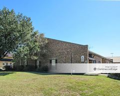 12232 Industriplex Blvd - Baton Rouge