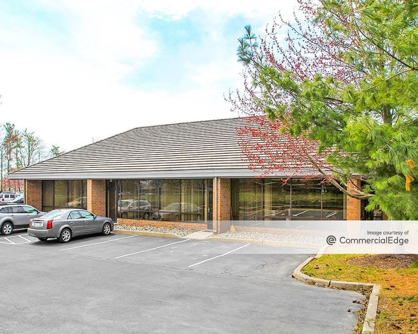 Lehigh Valley Corporate Center - 1655 Valley Center Pkwy