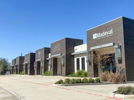 RETAIL/OFFICE FOR SALE/LEASE - Magnolia
