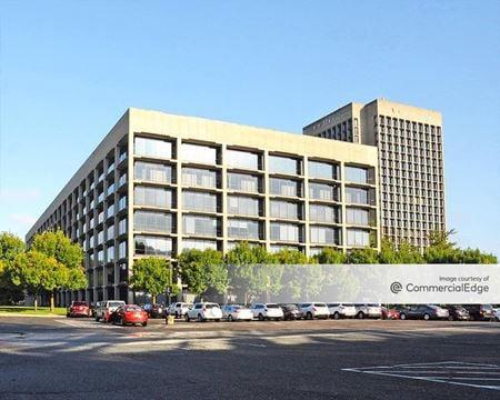 Blue Hill Plaza - Building 2 - Pearl River
