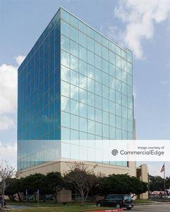 Amegy Bank Building - Baytown