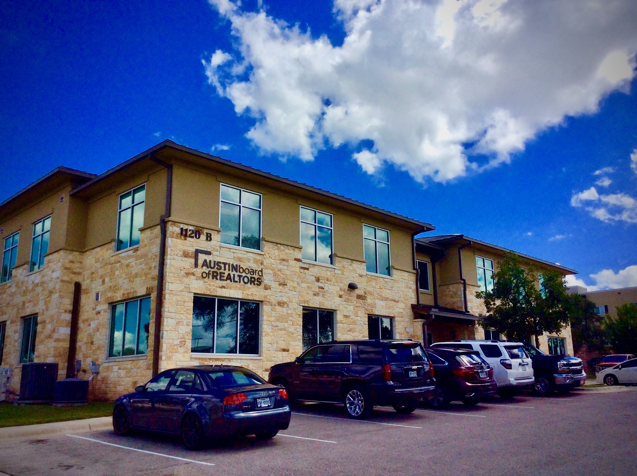Cottonwood Creek Professional Offices
