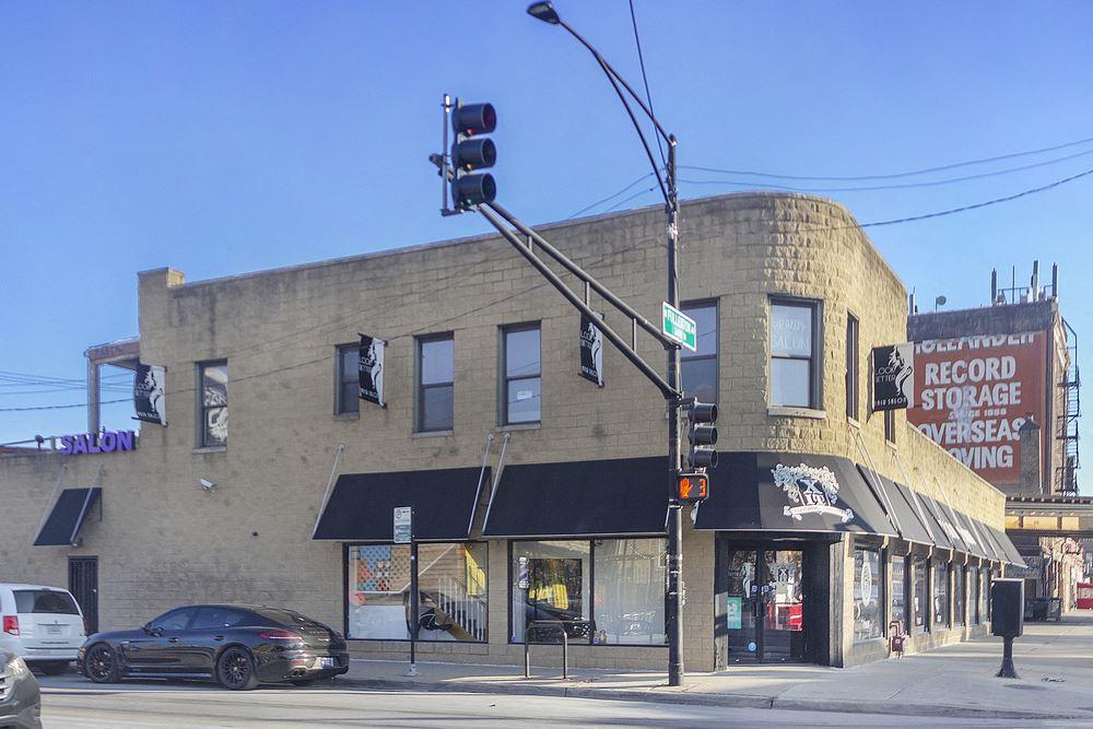 2950 W Fullerton Ave.