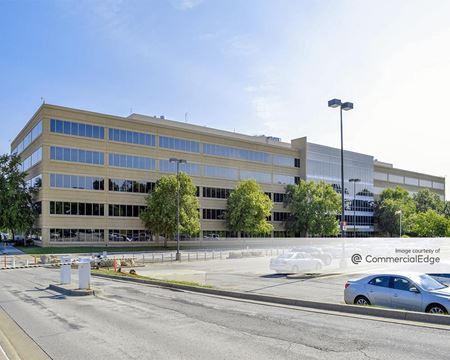 6501 Beacon Drive - Kansas City