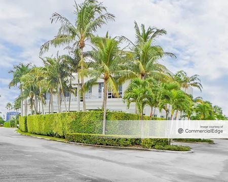9985 NW 19th Street - Miami