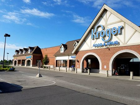 Powell Crossing Shopping Center - Powell