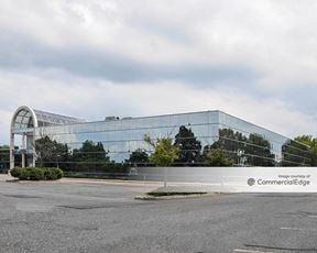 Melville Corporate Plaza