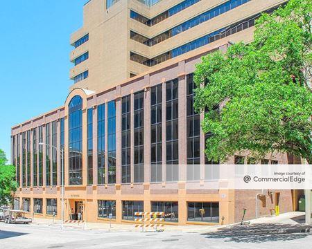 1001 Congress Avenue - Austin
