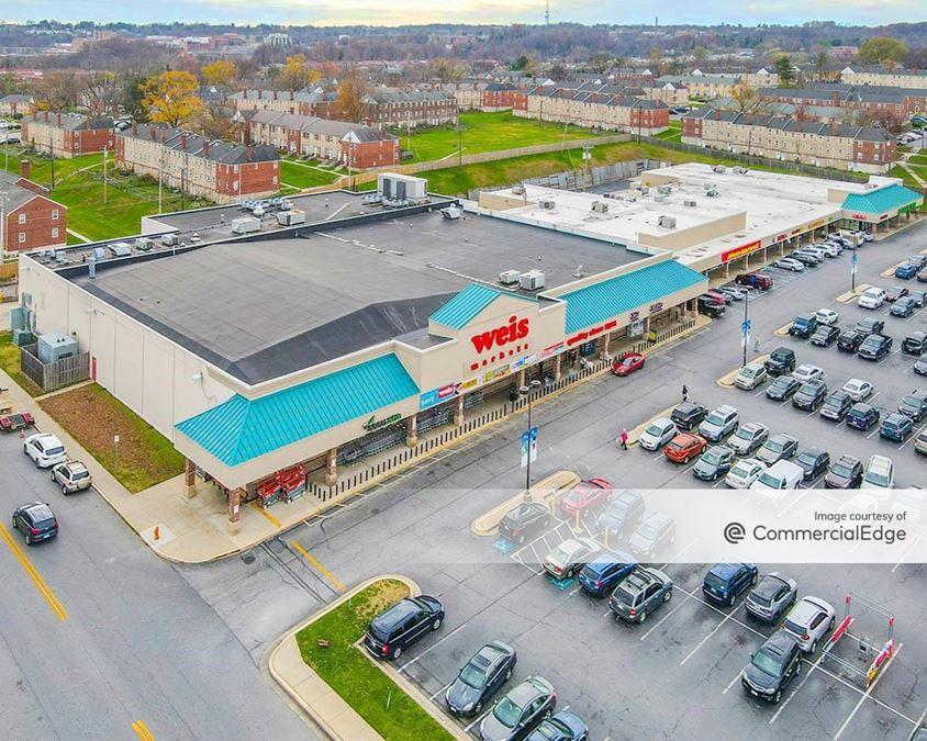 Arbutus Shopping Center
