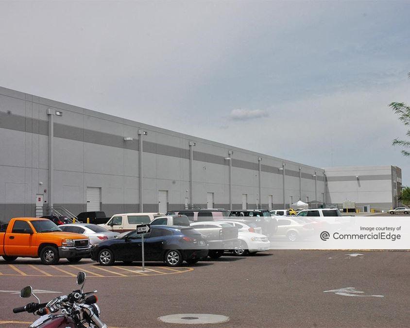 Buckeye Logistics Center - 6835 & 6923 West Buckeye Road