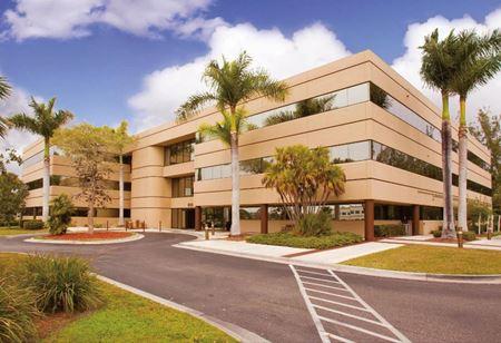 Commons V Medical Office Building - Naples