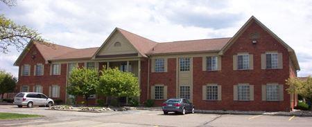 Quakertown Office Center - Farmington Hills