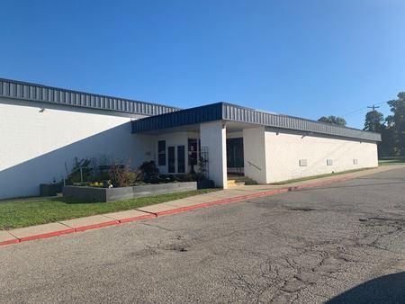 2631 Eaton Rapids Road - Lansing