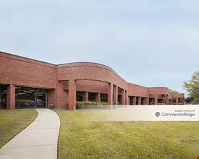Fontaine Business Center I