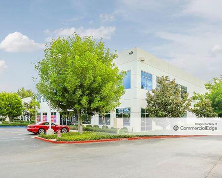 40 Tesla - Irvine
