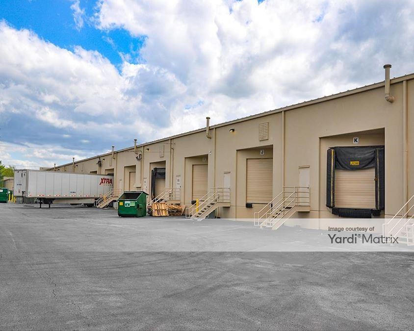 Airpark Business Center - Building 900
