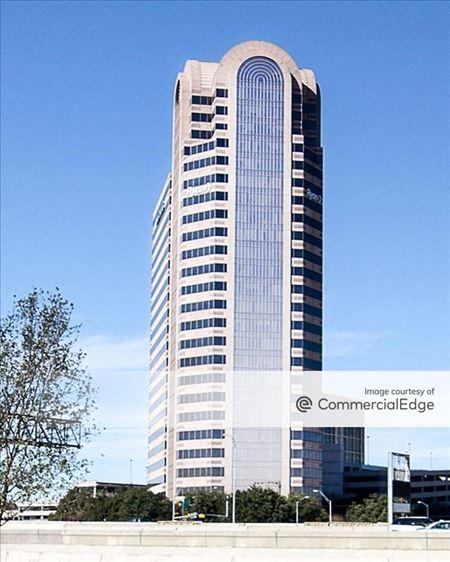 Three Galleria Tower - Dallas