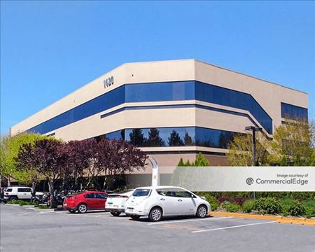 Redwood Business Park - Sequoia Center - 1420 North McDowell Blvd - Petaluma