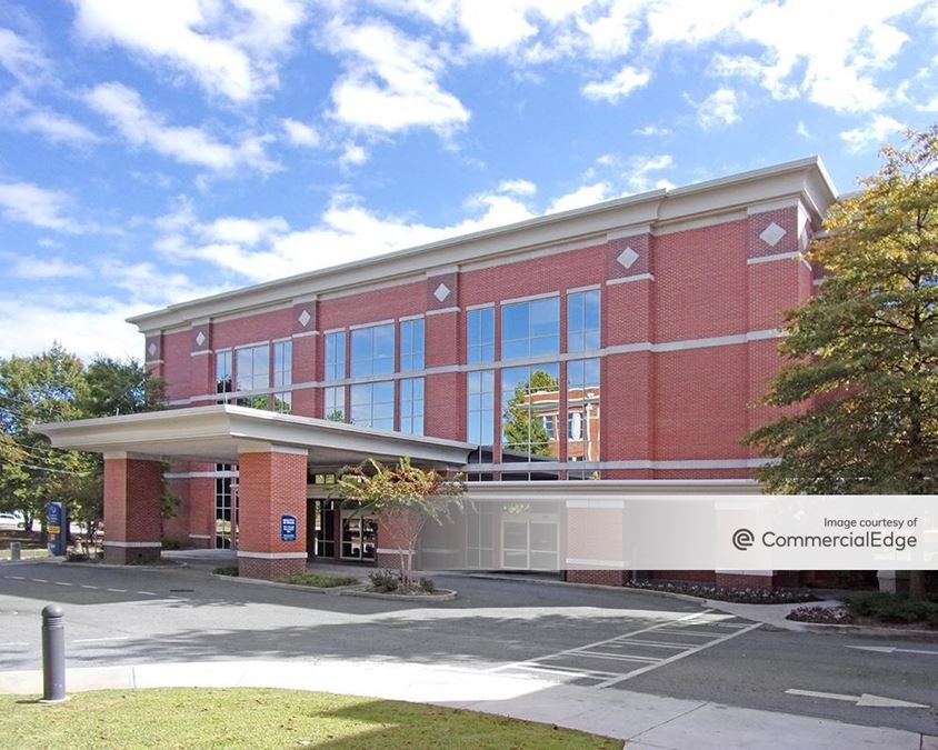 Medical Center Navicent Health - Center for Ambulatory Services