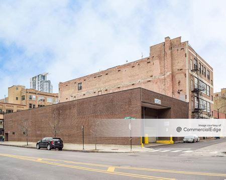 650 West Lake Street - Chicago