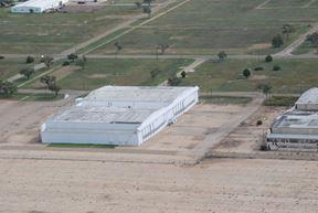 Hangar 6000 - 2005 A Avenue