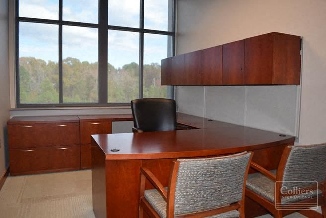 For Lease: 17901 Chenal Parkway